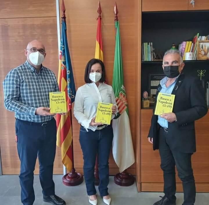 presentación libro alcalde san vicente